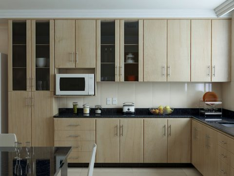 8 Tips for Locating Furniture in the Kitchen
