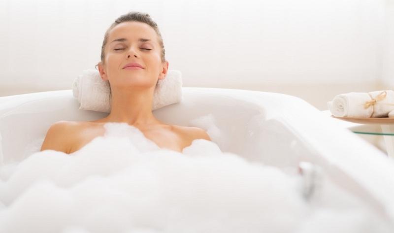 Can I Take A Bath During Pregnancy?